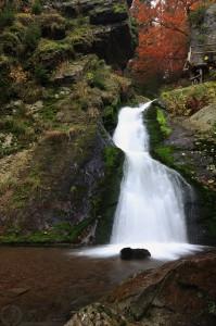 Rešovské vodopády - Nejvyšší z vodopádů. Při plném stavu má výšku až deset metrů...