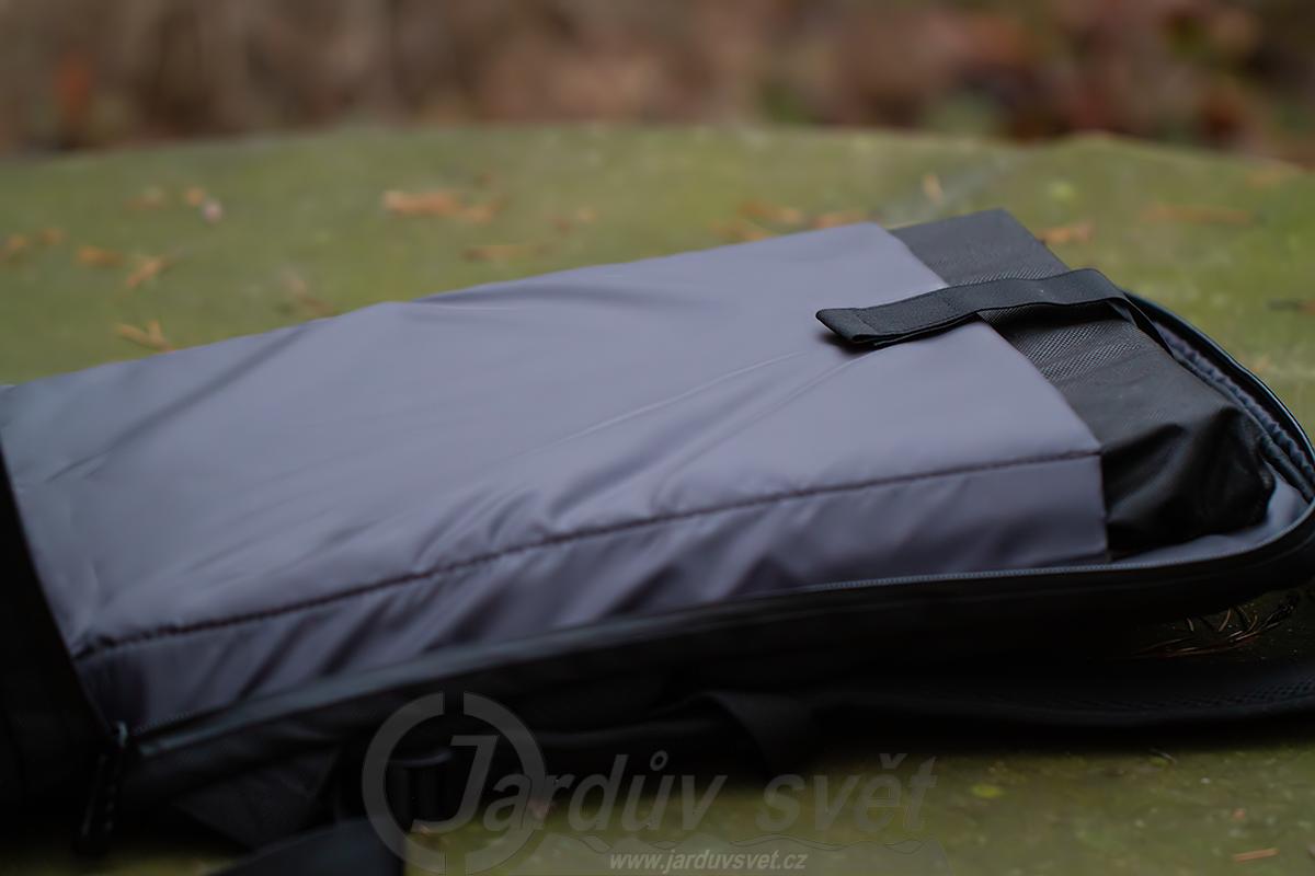 Batoh Predator M-Utility - kapsa pro notebook